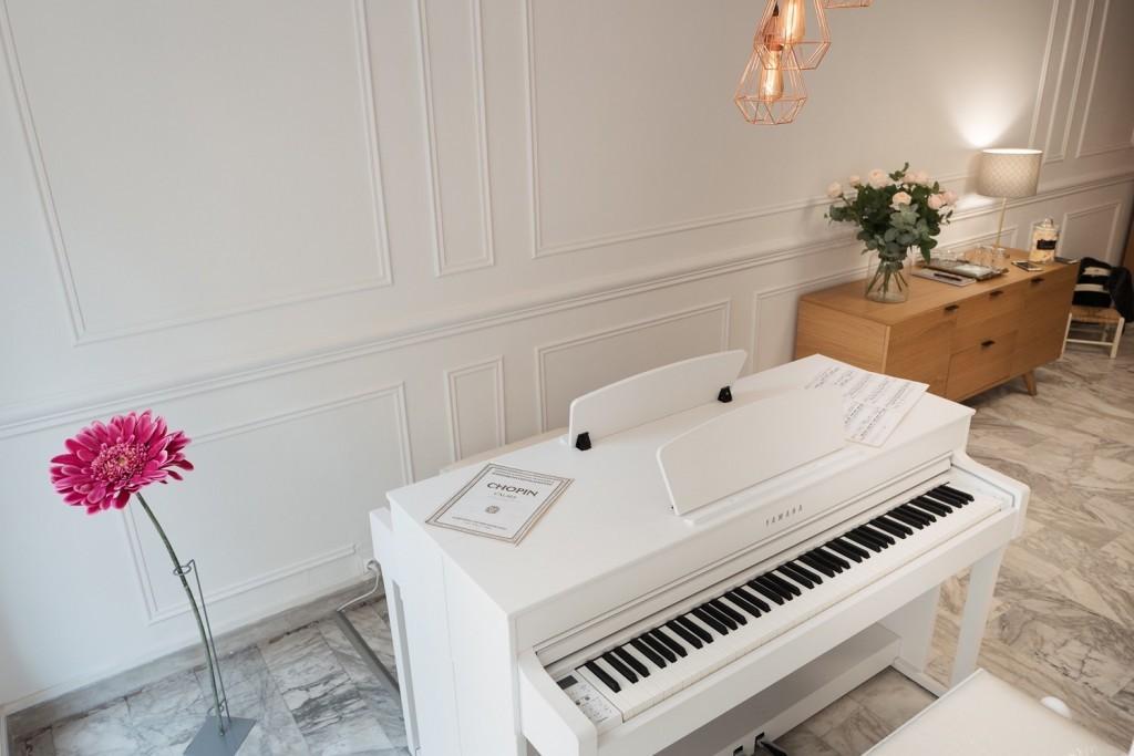 location piano nice pour vous entrainer en toute libert sweet piano. Black Bedroom Furniture Sets. Home Design Ideas